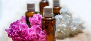 FEATURE IMAGE - CAN YOU PUT ESSENTIAL OILS IN A HUMIDIFIER_