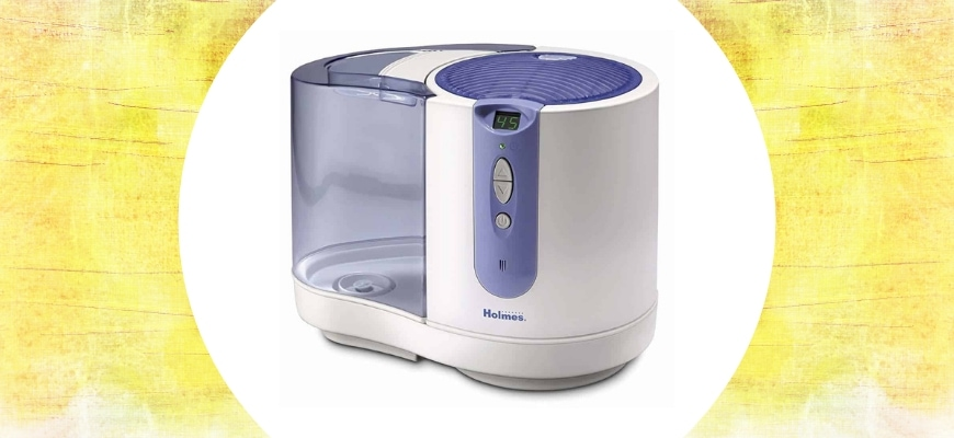 FEATURE IMAGE - A HOLMES HUMIDIFIER REVIEW