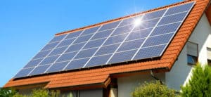 How to Buy an Eco-Friendly Home: House with solar panels on the roof
